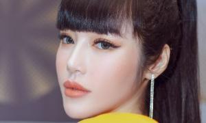 Elly Trần xuất hiện lộng lẫy trên thảm đỏ, trấn an fan về việc hốc hác, sụt cân