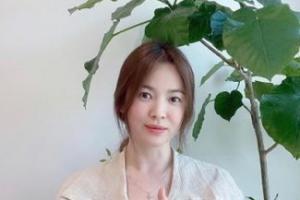 Song Hye Kyo chính thức lộ diện sau tin đồn tái hợp tình cũ Hyun Bin