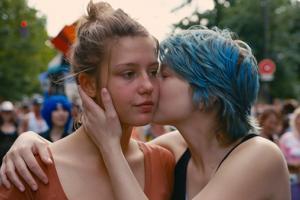 8 bộ phim gây sốc vì bắt diễn viên phải đóng cảnh sex thật